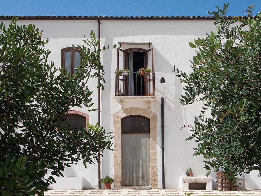 Appartamento della Baronessa in the coastal town of Balestrate in Sicily