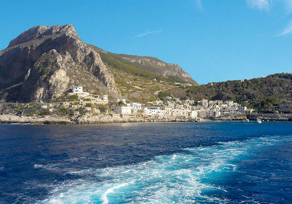 Boat trips to the Egadi islands of Favignana and Levanzo