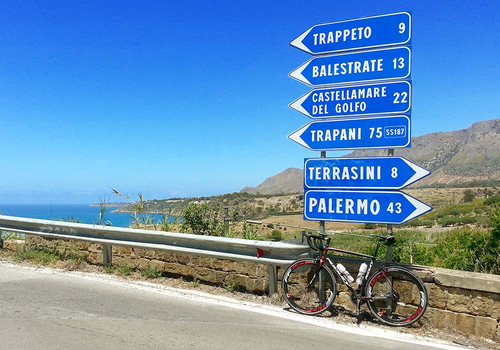 Bike ride in the area of the Golfo di Castellammare