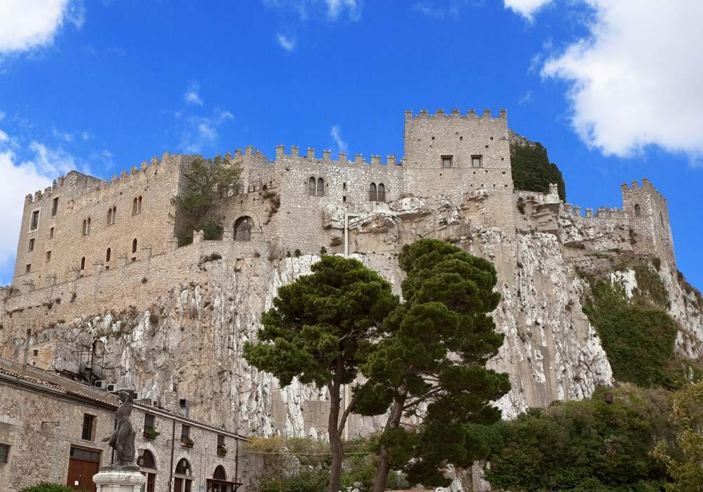 Het indrukwekkende kasteel van Caccamo