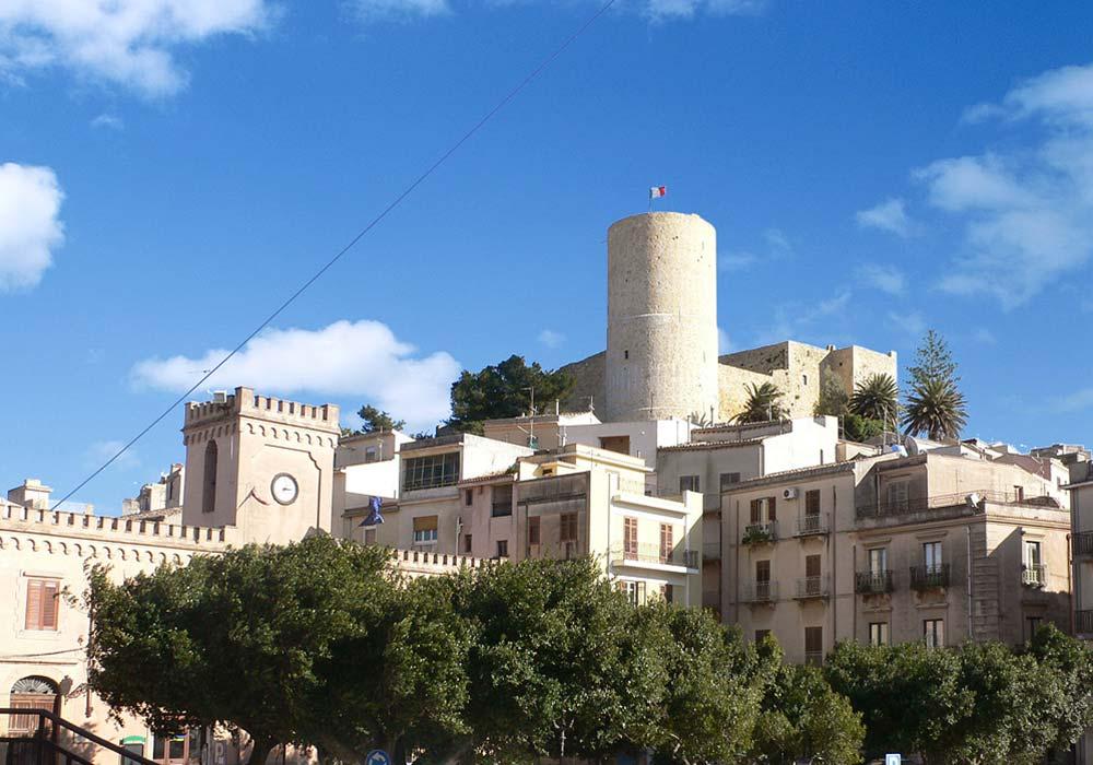 Het kasteel in het oude centrum van het plaatsje Salemi