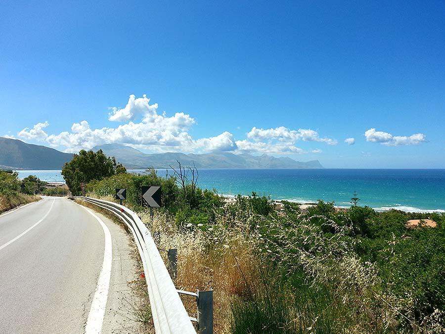 The coastal road to Alcamo Marina