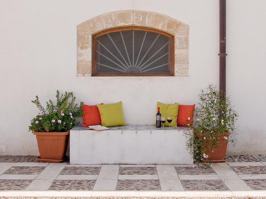 Outside holiday home Casa del Monsù in the Masseria Mirabile in Balestrate