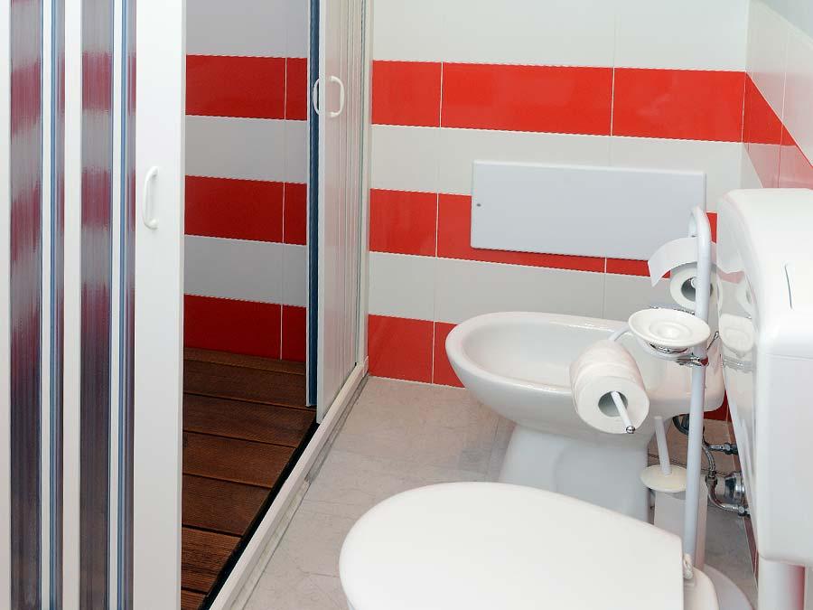 De badkamer van Appartamento Suvaru
