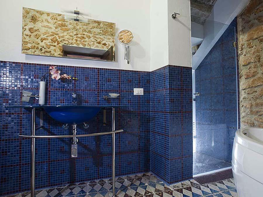 De en-suite badkamer van Appartamento Nocellara