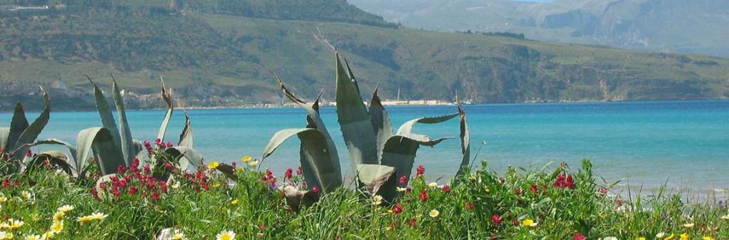 Aan de kust, bij de Golfo di Castellammare