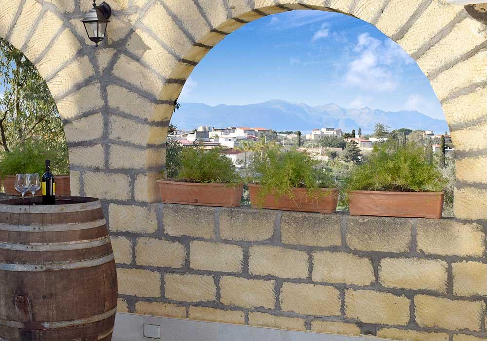 Uitzicht vanaf de binnenplaats van Casa Ficurinia