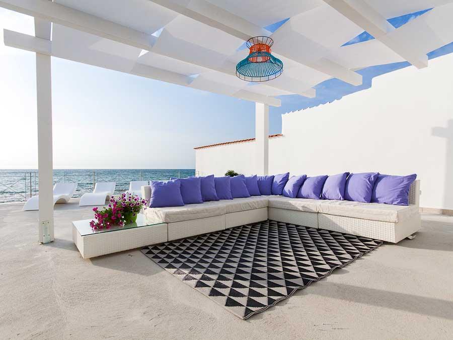 Op het terras met zeezicht van Villa Capone