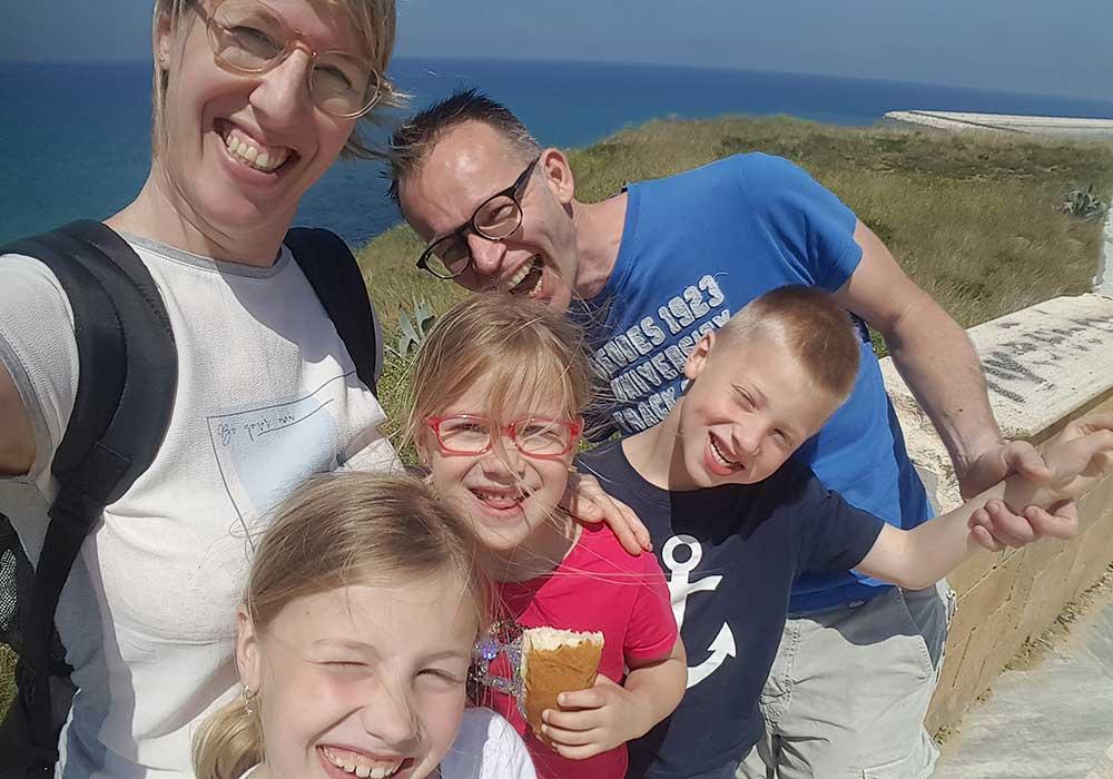Familie Metselaar op Sicilië