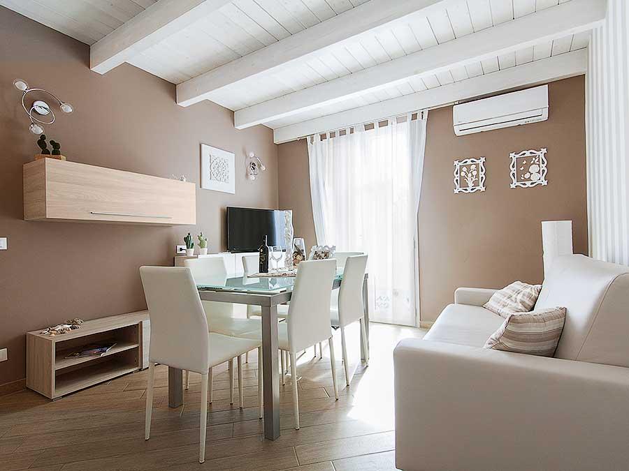 De woonkamer van Appartamento Barcuni